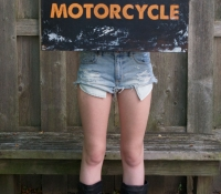 customgifts-bonnielecat-lgmotorcycle-forweb